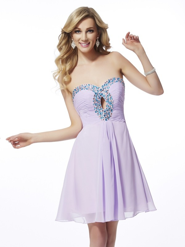 A-Line Sweetheart Short/Mini Lilac Homecoming Dresses with Beading