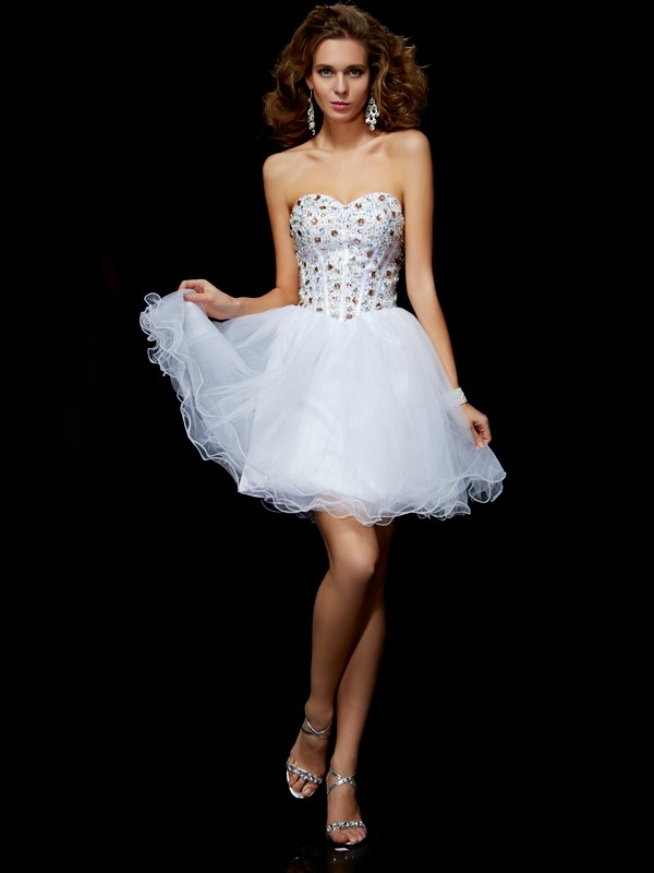 Elastic Woven Satin Short/Mini Sweetheart White Homecoming Dresses