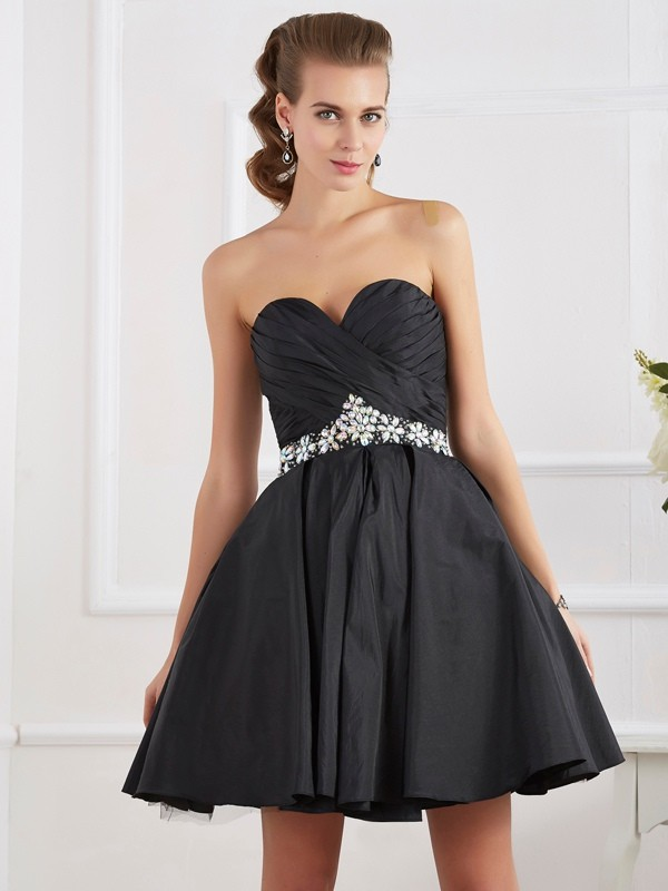 Taffeta A-Line Short/Mini Sweetheart Black Homecoming Dresses