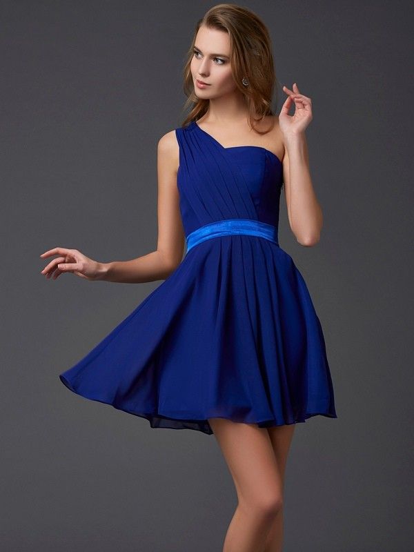 Chiffon One-Shoulder Short/Mini Royal Blue Homecoming Dresses