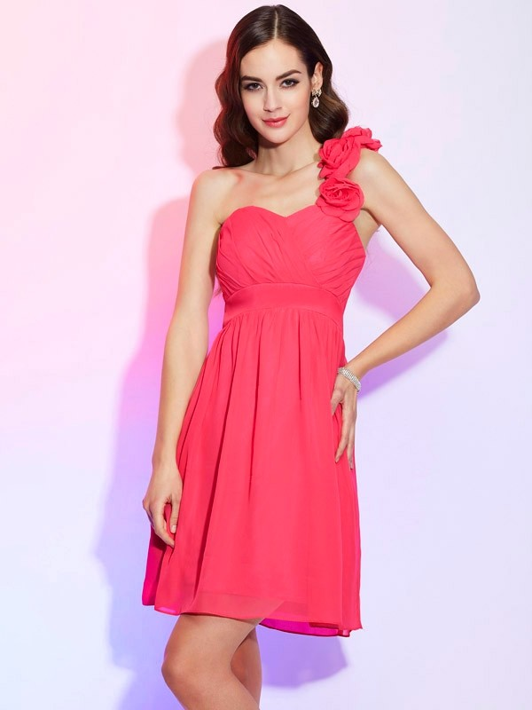 Knee-Length Fuchsia One-Shoulder Homecoming Dresses with Pleats