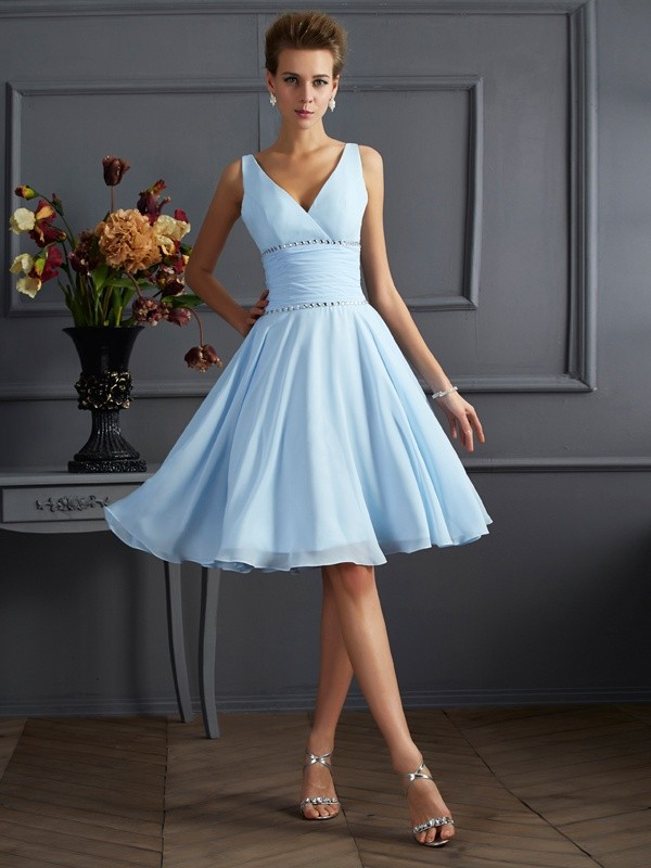 Chiffon V-neck Knee-Length Light Sky Blue Bridesmaid Dresses