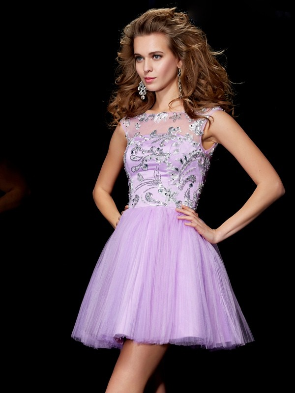 Short Sleeves Bateau Lavender Homecoming Dresses with Beading