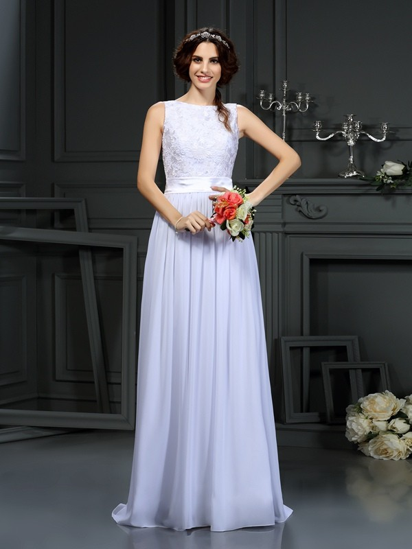Floor-Length White Scoop Wedding Dresses with Lace