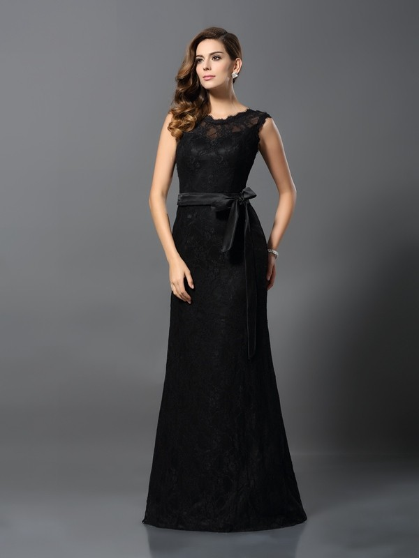 Floor-Length Black Scoop Prom Dresses with Lace