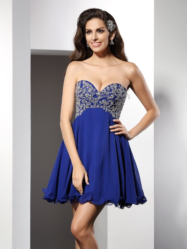 Sweetheart Short/Mini Royal Blue Homecoming Dresses with Ruffles