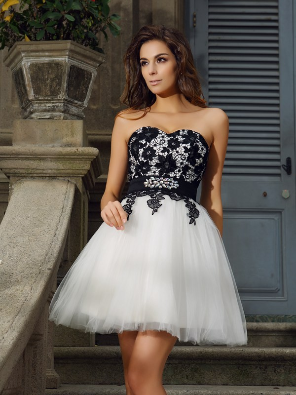 A-Line Tulle Sweetheart Short/Mini Ivory Homecoming Dresses