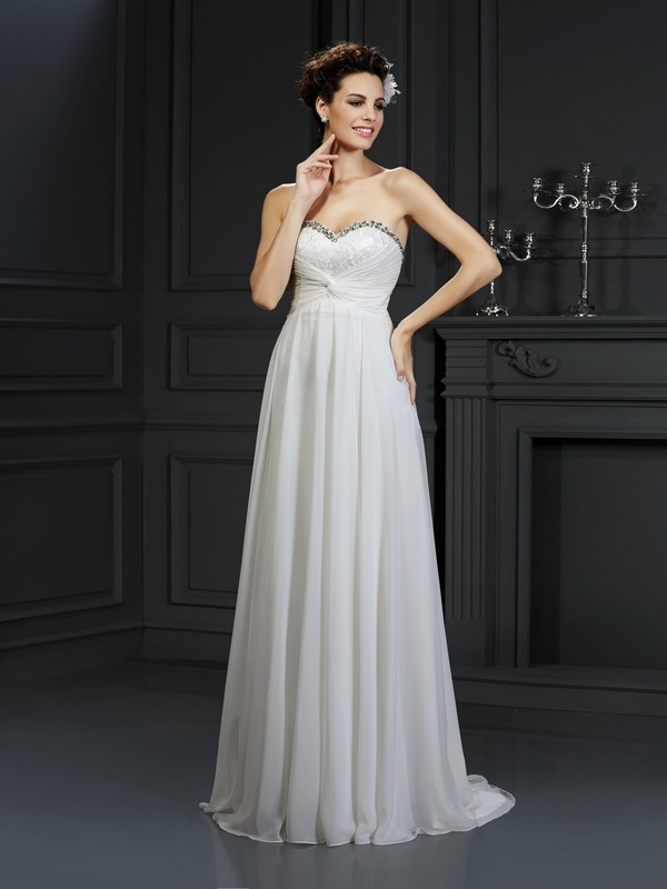A-Line Chiffon Sweetheart Chapel Train White Wedding Dresses