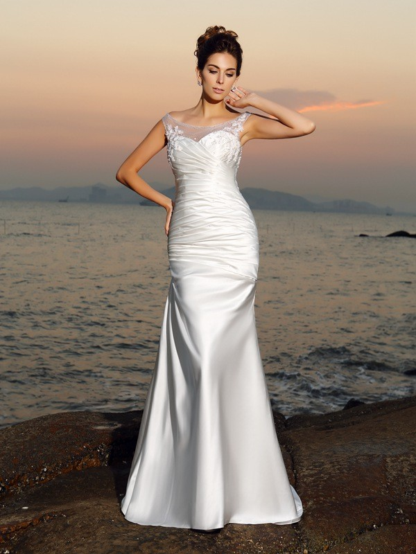Ivory Scoop Satin Brush Train Wedding Dresses