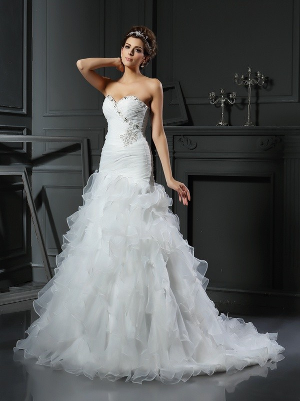 Ivory Mermaid Sweetheart Chapel Train Wedding Dresses with Ruffles