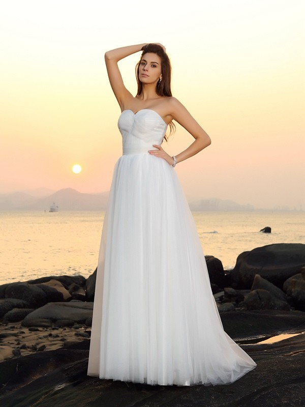 White Sweetheart Net Brush Train Wedding Dresses