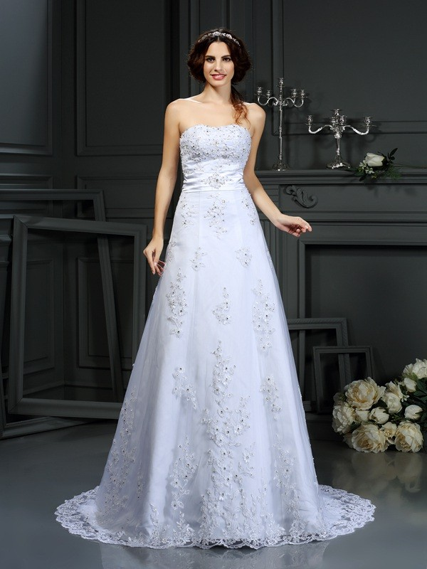 Strapless Court Train White Wedding Dresses with Applique