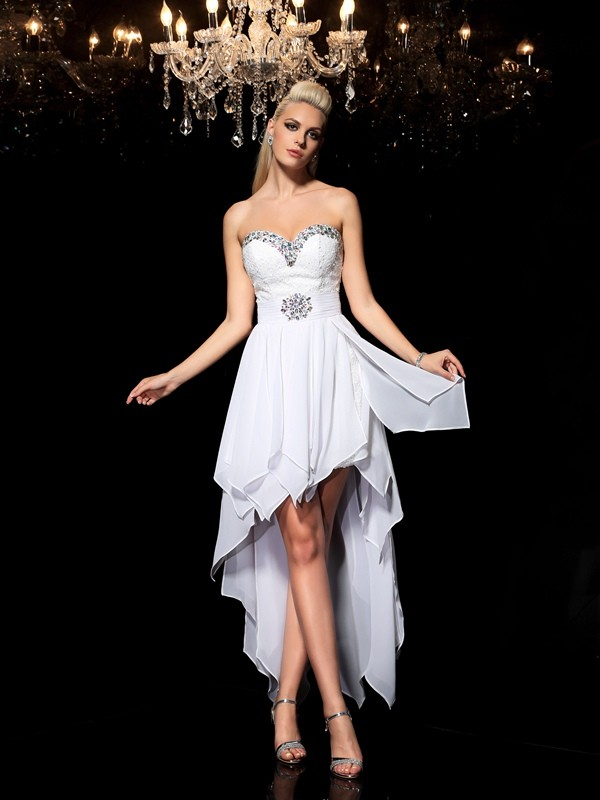 White Sweetheart Chiffon Asymmetrical Homecoming Dresses