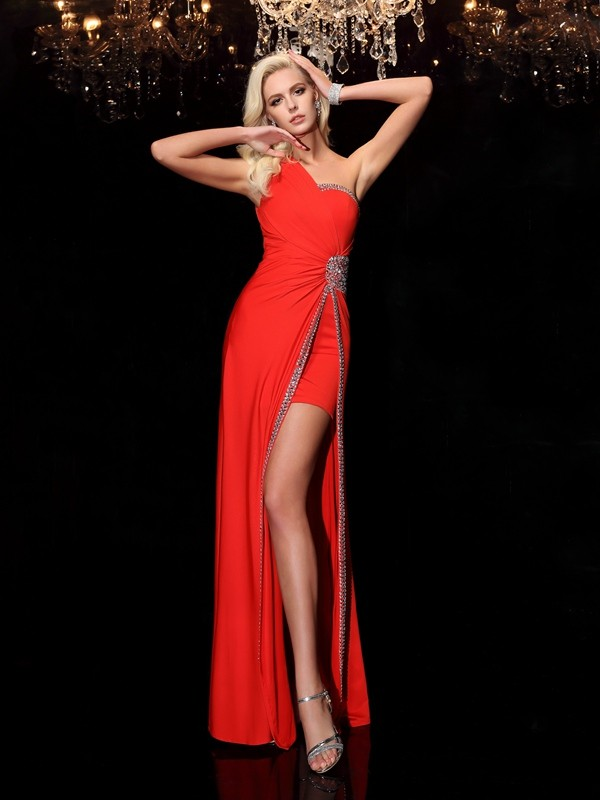 Red Sheath One-Shoulder Floor-Length Prom Dresses with Beading