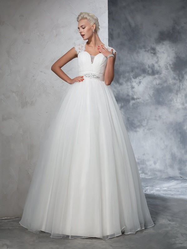Ivory Ball Gown Sweetheart Brush Train Wedding Dresses with Ruched