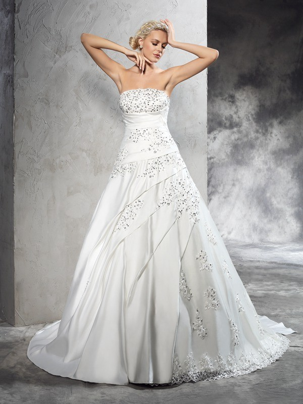 Ball Gown Strapless Court Train Ivory Wedding Dresses