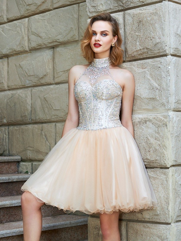 A-Line Halter Short Champagne Homecoming Dresses with Beading