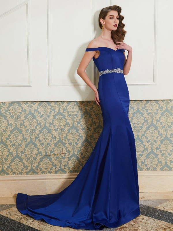 Off-the-Shoulder Brush Train Royal Blue Prom Dresses with Crystal