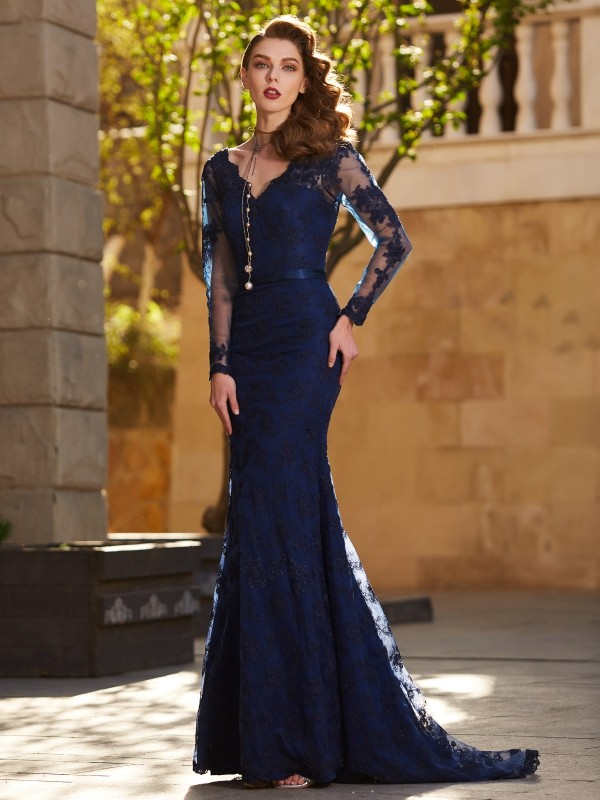Mermaid V-neck Brush Train Dark Navy Prom Dresses