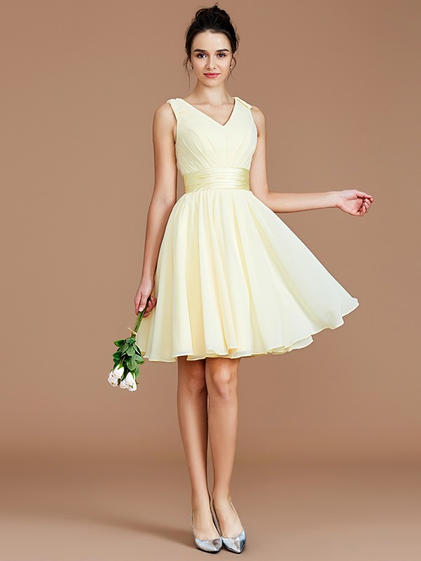 Daffodil A-Line V-neck Short Bridesmaid Dresses with Sash/Ribbon/Belt