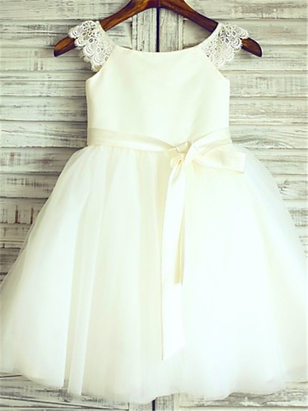 A-Line Scoop Knee-Length Ivory Flower Girl Dresses