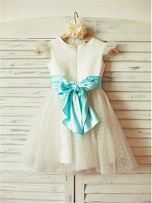A-line/Princess Jewel Sleeveless Layers Tea-Length Tulle Flower Girl Dresses