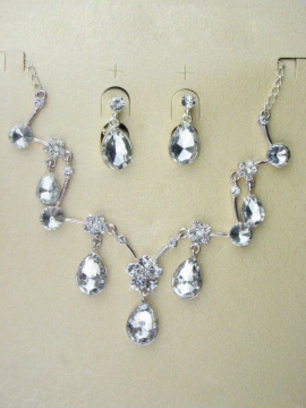 Gorgeous Alloy With Czech Rhinestones Wedding Bridal Jewelry Set