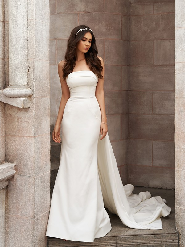 Sheath/Column Satin Ruched Strapless Sleeveless Court Train Wedding Dresses