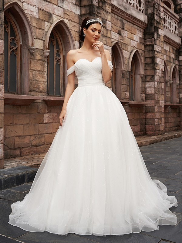A-Line/Princess Off-the-Shoulder Tulle Sleeveless Ruched Court Train Wedding Dresses