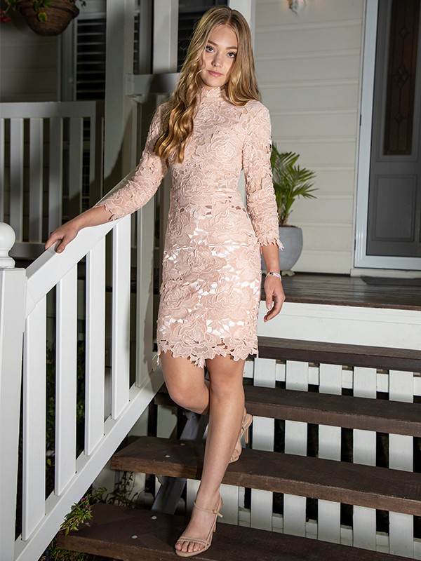 Sheath/Column High Neck Applique Lace 3/4 Sleeves Short/Mini Homecoming Dresses