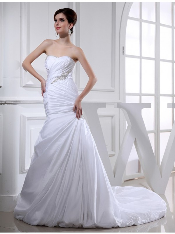 Mermaid Taffeta Strapless Chapel Train Wedding Dresses with Beading