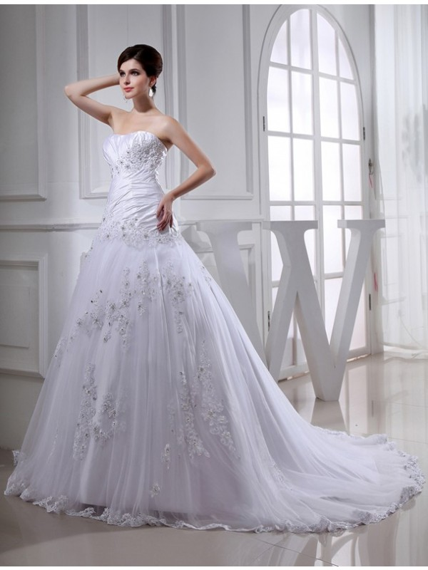 Taffeta A-Line Chapel Train Strapless White Wedding Dresses
