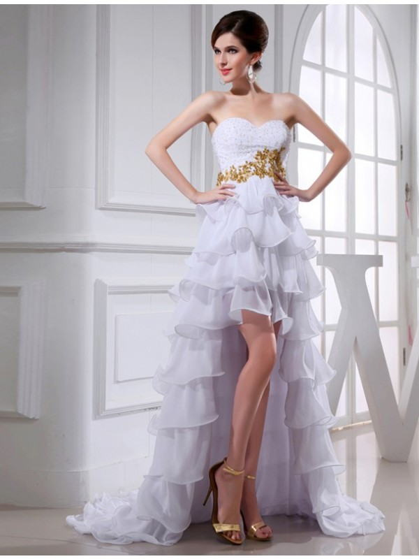 Sweetheart Asymmetrical White Homecoming Dresses with Beading