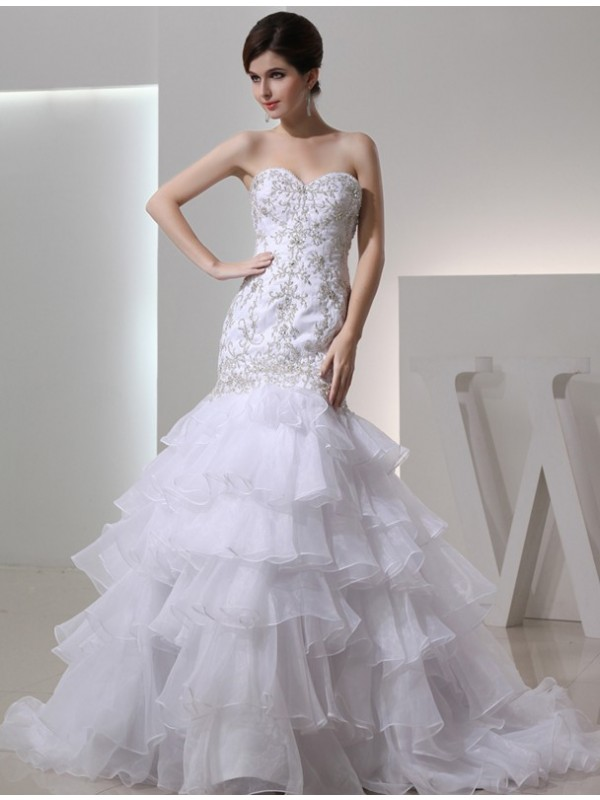 Mermaid Sweetheart Chapel Train White Wedding Dresses with Beading