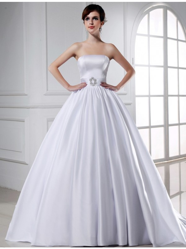 Ball Gown Strapless Chapel Train White Wedding Dresses