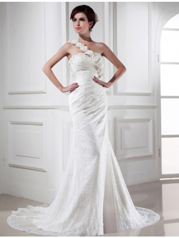 Mermaid One-Shoulder Chapel Train Ivory Wedding Dresses with Beading