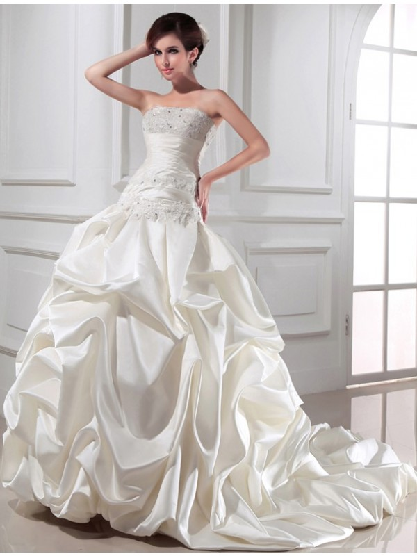 Ivory Strapless Satin Chapel Train Wedding Dresses