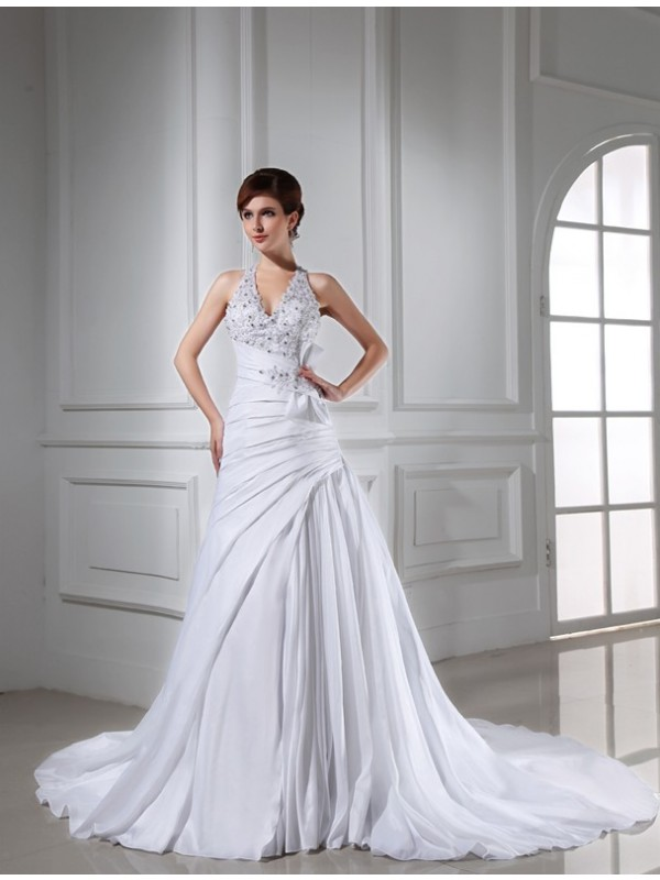 Halter Chapel Train White Wedding Dresses with Beading