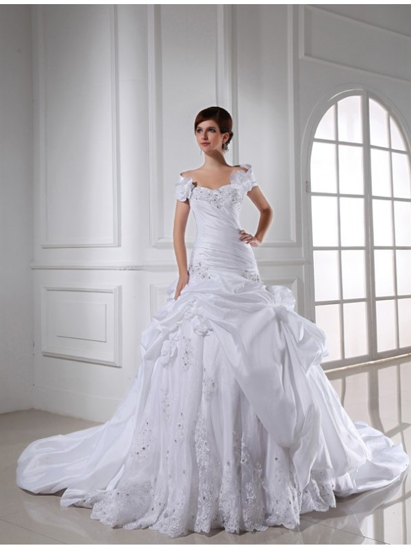 Taffeta Sweetheart Chapel Train White Wedding Dresses