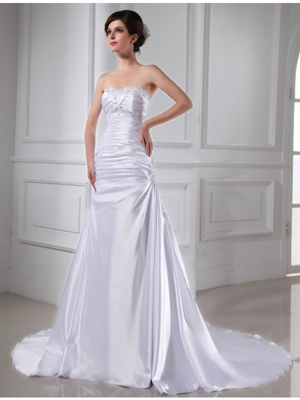 A-Line Strapless Chapel Train White Wedding Dresses with Beading