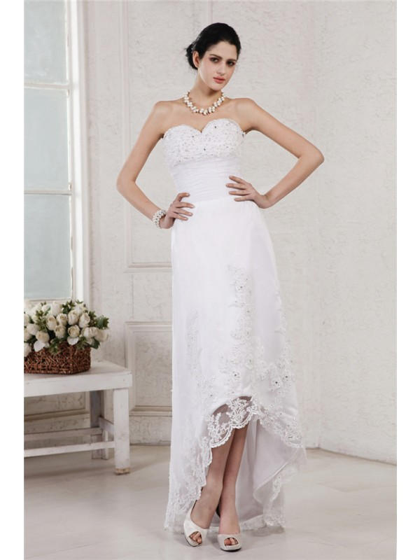 Sheath Sweetheart Asymmetrical White Wedding Dresses with Beading