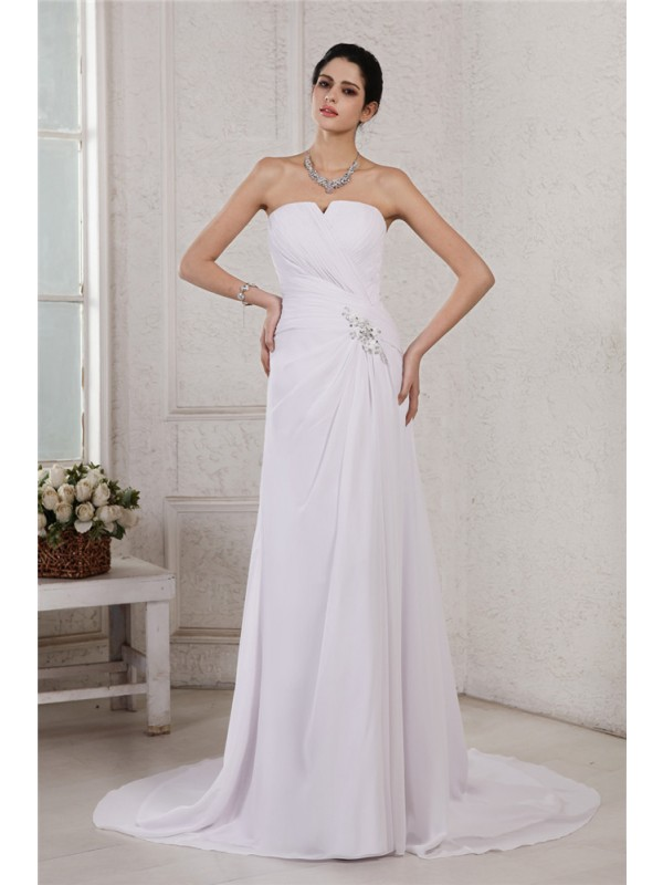 Sheath Chiffon Strapless Court Train White Wedding Dresses