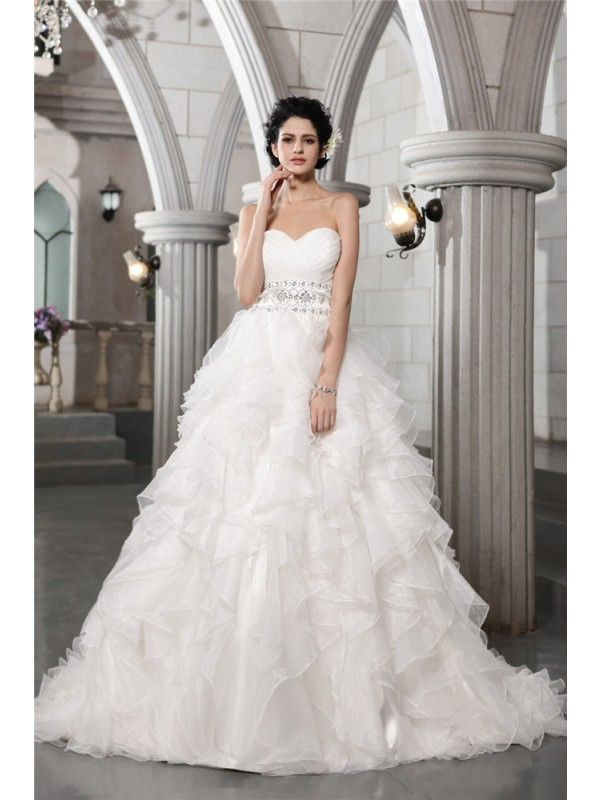 Chapel Train White Sweetheart Wedding Dresses with Beading
