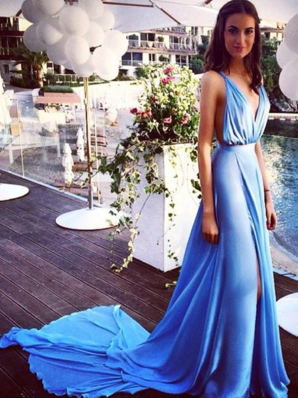 Chiffon A-Line Court Train Spaghetti Straps Blue Prom Dresses