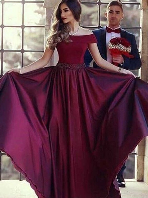 Brush Train Burgundy Off-the-Shoulder Prom Dresses with Ruffles