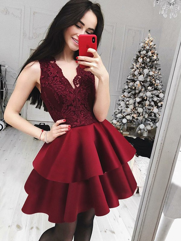 Satin V-neck Short/Mini Burgundy Homecoming Dresses