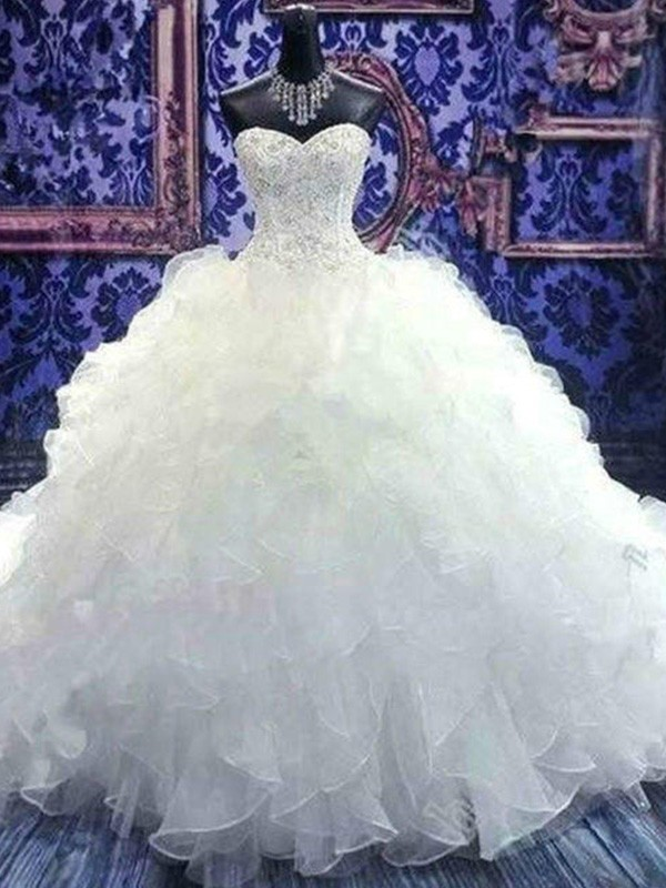 Ball Gown Organza Sweetheart Chapel Train Wedding Dresses with Beading