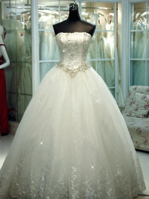 Tulle Ball Gown Floor-Length Strapless Ivory Wedding Dresses