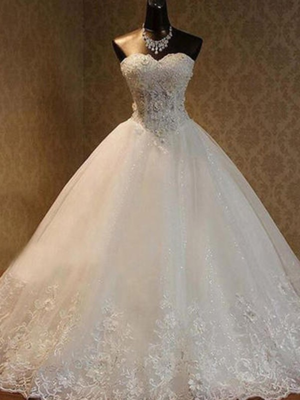 Floor-Length Ivory Sweetheart Wedding Dresses with Beading