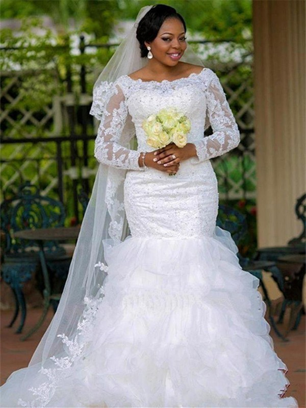 Ball Gown Scoop Chapel Train White Wedding Dresses